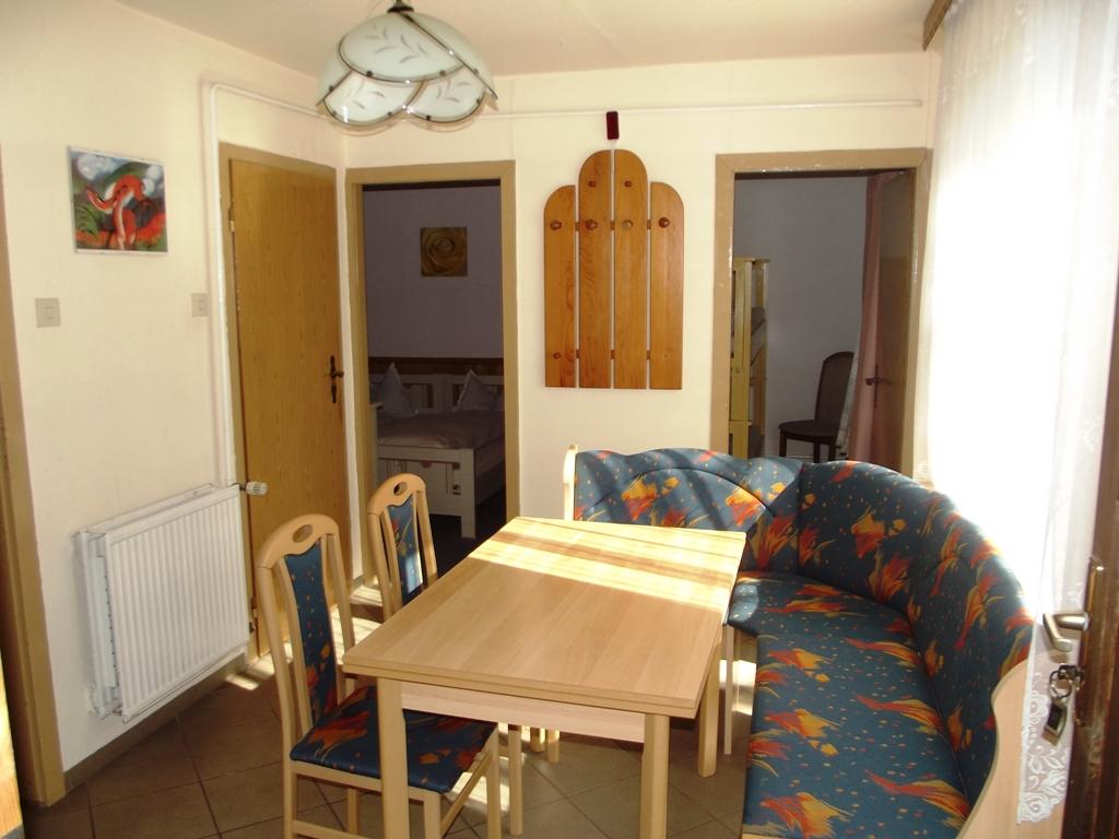 ferienhaus ruhla ferienh user bergblick ruhla. Black Bedroom Furniture Sets. Home Design Ideas